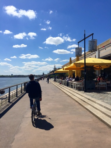 Restaurants along the Promenade